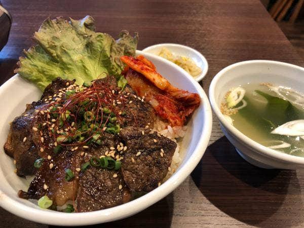 ホルモン焼肉・盛岡冷麺 道 立川店