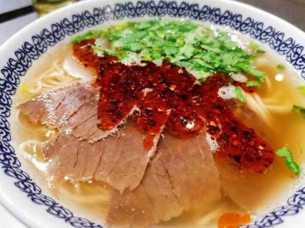 馬子禄牛肉麺 神保町店